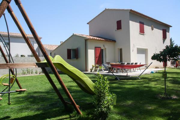 Location maison avec jardin sur avignon extramuros for Avignon location maison