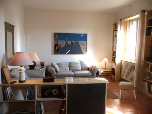 Appartement avec patio sur Avignon intramuros